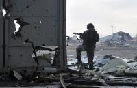 Бойцы армий ЛНР и ДНР почти соприкоснулись в районе Дебальцевского котла (Бойцы армий ЛНР и ДНР почти соприкоснулись в районе Дебальцевского котла)