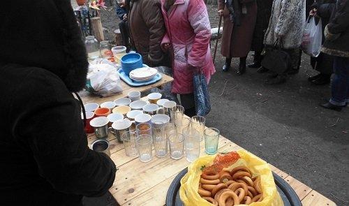 Собираем продуктовую помощь кварталу Пролетариата Донбасса