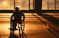 Инвалида-колясочницу обвинили в фиктивной регистрации семьи беженцев с Донбасса (Инвалида-колясочницу обвинили в фиктивной регистрации семьи беженцев с Донбасса)
