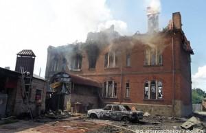 YSBH9xbgSU08 (В Славянске за сегодняшний день погибли минимум 4 человека, в том числе маленький ребенок)